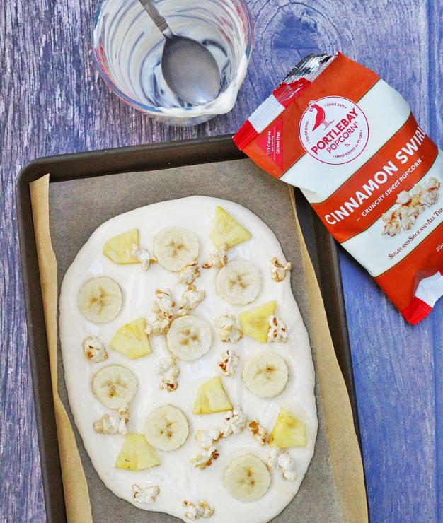 Frozen Yoghurt PopcornBites