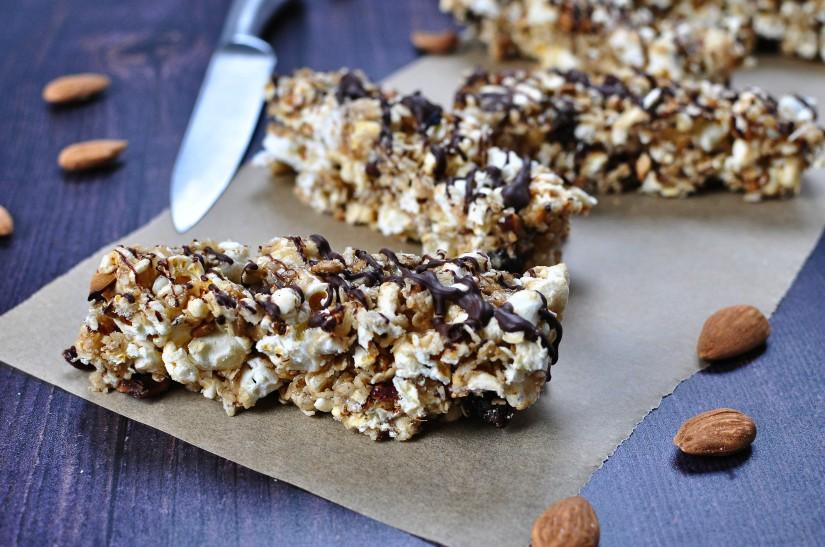 Almond Butter & Dark Chocolate PopcornBars